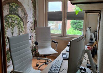 Houtvision-sloophout-industrieele-meubelen-op-maat-maatwerk-oud-gebruikt-hout-kantoor-bureau-eiken-blad-hobbelige-rand-boomstam-blank (1)