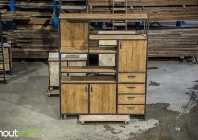 Houtvision-maatwerk-sloophout-industriële-meubelen-op-maat-hout-staal-kast-jeff-deuren-laden-vakken-wandkast-renate (3)