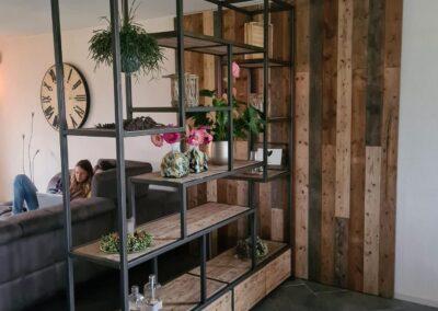 Houtvision-maatwerk-sloophout-industriële-meubelen-op-maat-hout-staal-kast-roomdivider-eettafel-barnwood-wandbekleding (2)