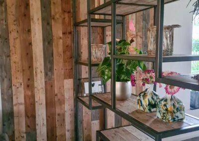 Houtvision-maatwerk-sloophout-industriële-meubelen-op-maat-hout-staal-kast-roomdivider-eettafel-barnwood-wandbekleding (3)