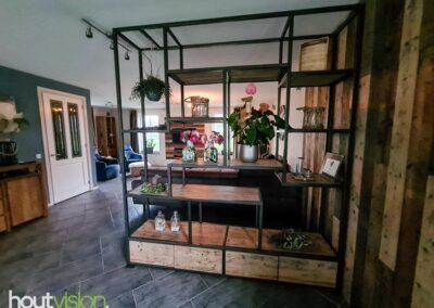 Houtvision-maatwerk-sloophout-industriële-meubelen-op-maat-hout-staal-kast-roomdivider-eettafel-barnwood-wandbekleding (5)