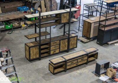 Houtvision-sloophout-industrieele-meubelen-op-maat-maatwerk-oud-gebruikt-hout-kaasplanken-english-color-zwevend-stalen-frame-uniek-kast-tv-meubel-alexander (4)