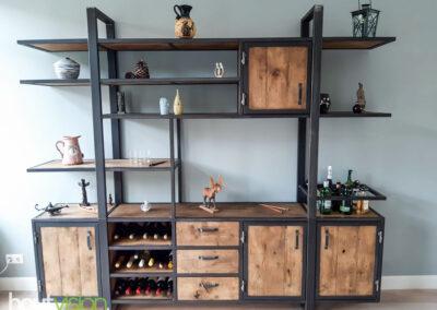 Houtvision-sloophout-industrieele-meubelen-op-maat-maatwerk-oud-gebruikt-hout-kaasplanken-english-color-zwevend-stalen-frame-uniek-kast-tv-meubel-alexander (8)