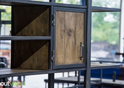 Houtvision-sloophout-industrieele-meubelen-op-maat-maatwerk-oud-gebruikt-hout-kaasplanken-english-color-zwevend-stalen-frame-uniek-kast-tv-meubel-alexander (9)