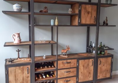 Houtvision-sloophout-industrieele-meubelen-op-maat-maatwerk-oud-gebruikt-hout-kaasplanken-english-color-zwevend-stalen-frame-uniek-kast-tv-meubel-alexander-pa (2)