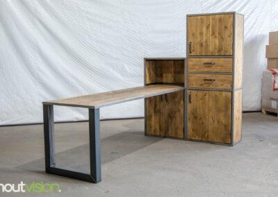 Houtvision-sloophout-meubels-op-maat-industriële-meubelen-kast-computer-werkplek-keuken-staal-hout-bureau-kaasplanken