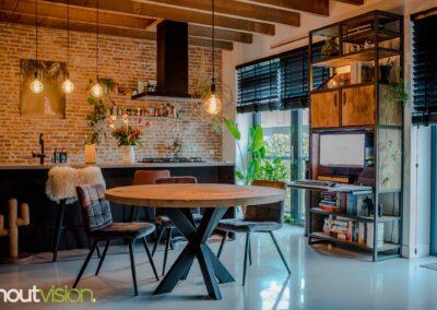Houtvision-sloophout-meubels-op-maat-industriële-meubelen-kast-computer-werkplek-keuken-staal-hout-eettafel-rond-eiken-bureau (3)