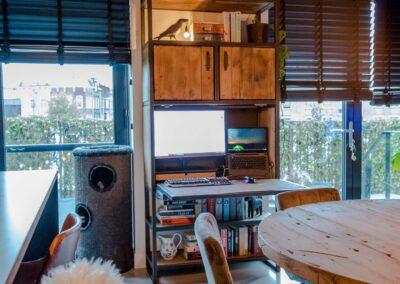Houtvision-sloophout-meubels-op-maat-industriële-meubelen-kast-computer-werkplek-keuken-staal-hout-eettafel-rond-eiken-bureau (9)