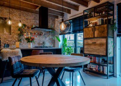 Houtvision-sloophout-meubels-op-maat-industriële-meubelen-kast-computer-werkplek-keuken-staal-hout-eettafel-rond-eiken-bureau-pa