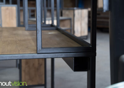 Houtvision-sloophout-meubels-op-maat-industriële-meubelen-kast-kantoormeubelen-bureau-maatwerk-kaasplanken-oud-gebruikt-hout-staal-losse-delen (1)